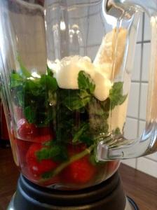 Green Smoothie light - Wasser und Joghurt dazu