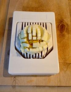 Rezept Goudaröllchen - Eier schneiden in kleine Würfel