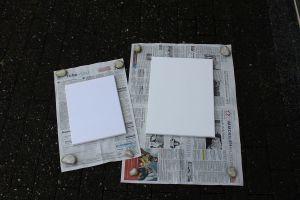 DIY Leinwände besprühen - Zeitungspapier unterlegen