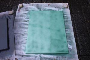 DIY Leinwände besprühen - grüne Leinwand