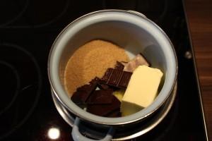 Brownies mit Erdnusscreme - Im Wasserbad