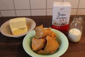 Brownies mit Erdnusscreme - Zutaten Erdnuss Frosting / Creme