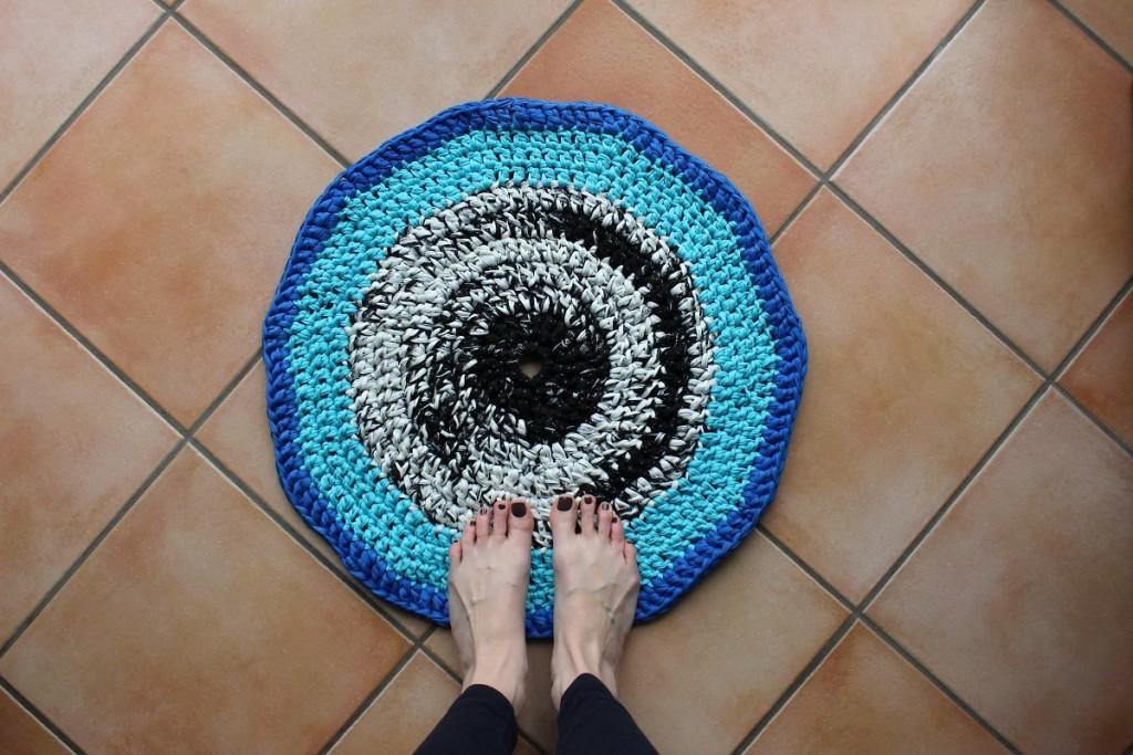 DIY Häkelteppich aus Textilgarn